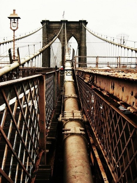 A Brooklyn Bridge suspension cable - East River NYC | Modern Ruins | Scoop.it