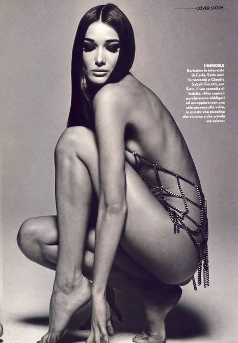 Carla Bruni nude and bare ass photos | Famous Naked Celebrities