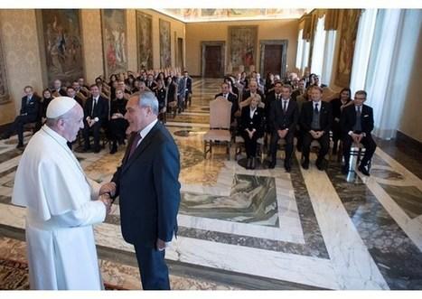 Pápež prijal organizátorov výstavy k Roku milosrdenstva v talianskom senáte | Správy Výveska | Scoop.it