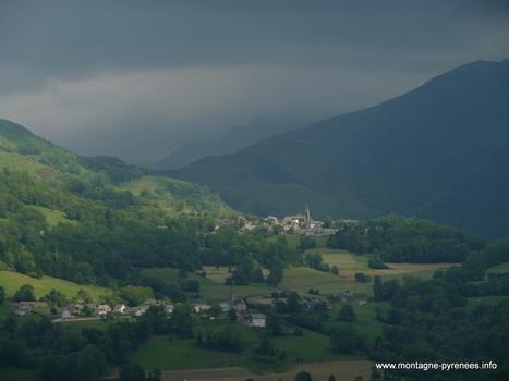 Estensan et Azet, un soir d'orage ... | Vallée d'Aure - Pyrénées | Scoop.it