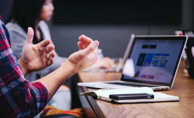 Le travail hybride : levier d'une nouvelle culture managériale