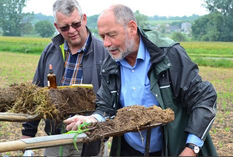 Les agriculteurs découvrent le « test à la bêche » avec l'APAD le 30 mai grâce aux compétences deGerhard HASINGER | SPATEN   Test Bêche | Scoop.it