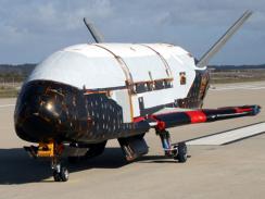 Unmanned USAF space plane lands in Calif. | Robotique de service | Scoop.it