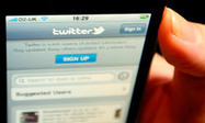 Twitter is harder to resist than cigarettes and alcohol, study finds | Psychology and Social Networking | Scoop.it