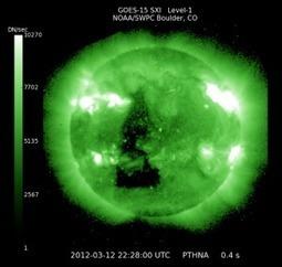 Tache triangulaire géante sur le Soleil, repérée par la NASA – 12 ... | A la recherche des extraterrestres | Scoop.it