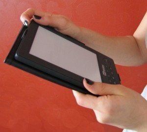 5 Reasons E-Books Are Awesome – Even for the Most Reluctant | MindShift | Publishing Digital Book Apps for Kids | Scoop.it