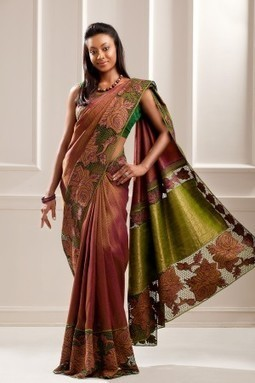 Embroidery Sarees Shopping At Aavaranaa Lates