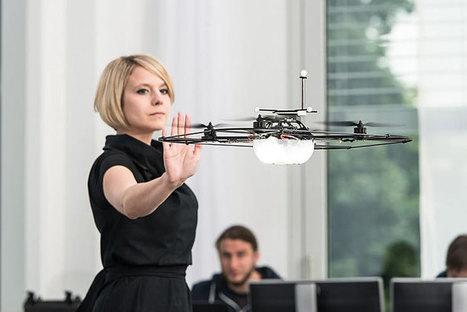 Drones, robots et langage corporel : le futur de l'automobile selon Mercedes-Benz   Robolution Capital   Scoop.it