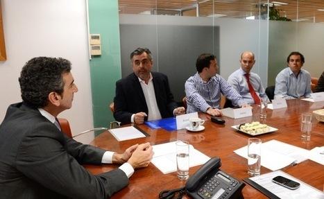 España | El ministro del Interior y Transporte argentino, Florencio Randazzo, se reunió hoy con ingenieros y técnicos argentinos | Noticias-Ferroviarias Español | Scoop.it