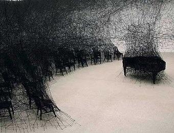 Chiharu Shiota: Performative Installation Art | VIM | Scoop.it