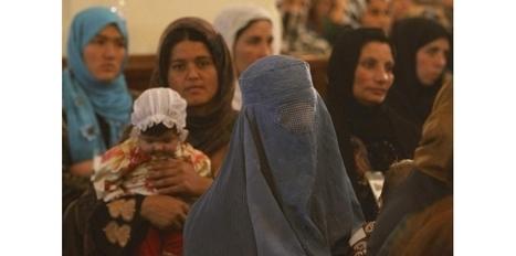 Les droits des Afghanes menacés par le processus de paix   Egalité hommes-femmes   Scoop.it