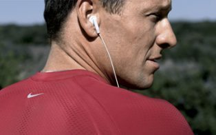How Nike Outruns the Social Media Competition | Social on the GO!!! | Scoop.it