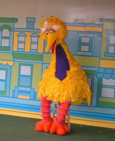 Big Bird Shows Marketers the RIGHT Way to Newsjack the Presidential Debates   We're in Business   Scoop.it