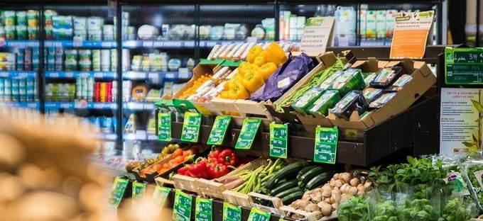 Les supermarchés s'engraissent-ils sur les fruits et légumes bio?