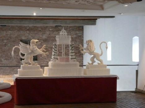 Catalan Artist Folds Table Napkins into Awe-Inspiring Masterpieces | Strange days indeed... | Scoop.it