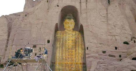Ces deux bouddhas géants réduits en poussière par les Talibans renaissent grâce à la projection 3D | Sustain Our Earth | Scoop.it