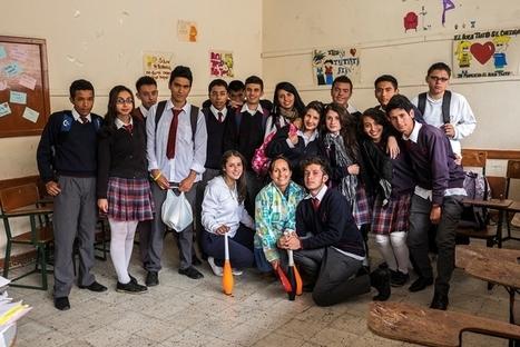 La clase para aprender a ser más felices se dicta en un colegio de Bogotá | Educar con TIC | Scoop.it