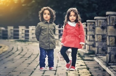 Una nueva demanda reabre el debate sobre la publicación de fotos de menores en Facebook | Redes Sociales_aal66 | Scoop.it