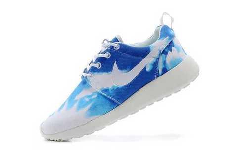 Nike Roshe Run Black And White | Scoop.it