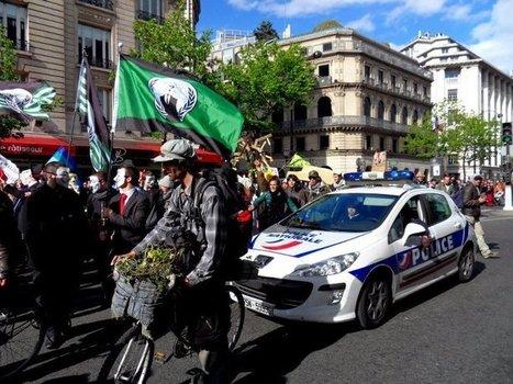 Même la police municipale manifeste avec nous ;-)   #marchedesbanlieues -> #occupynnocents   Scoop.it
