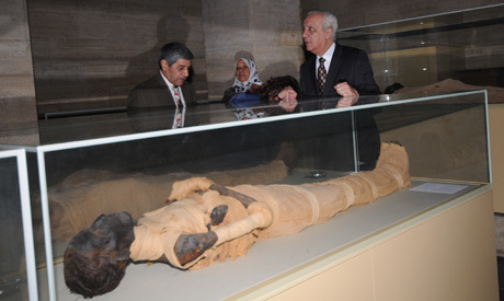 King Amenhotep II damaged in Egyptian Museum - Ancient Egypt - Heritage - Ahram Online | Archaeology News | Scoop.it