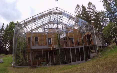 Couple surrounds eco-home with greenhouse to keep it warm (Video) | Environment & Ecology | Scoop.it