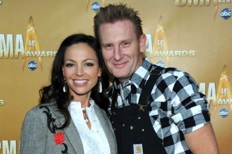 Joey Feek Gets a Visit From an Adorable Furry Friend | Country Music Today | Scoop.it