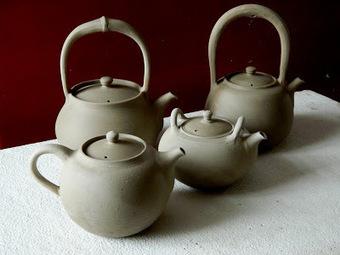 Ceramic Tea Kettles- in process | What makes Japan unique | Scoop.it