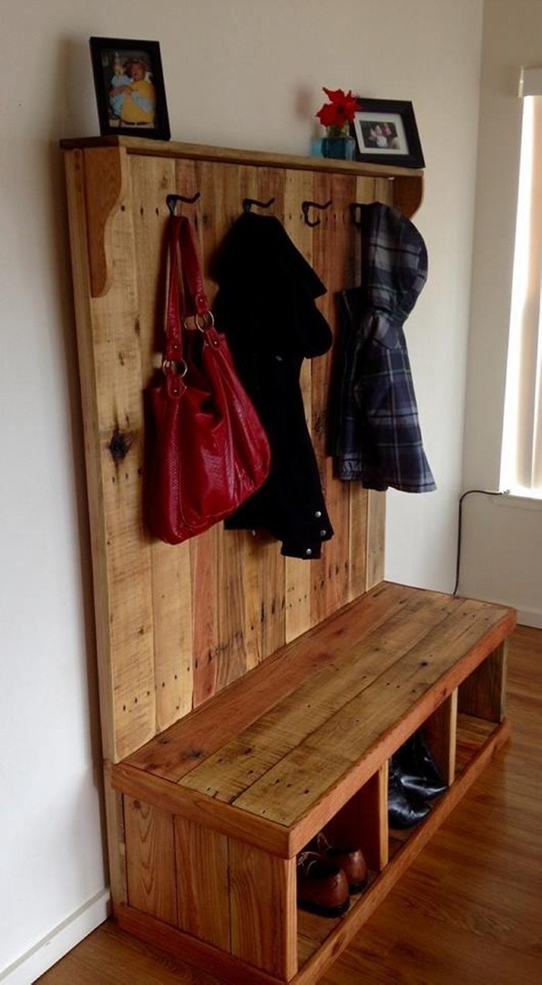 Rustic Pallet Wood Hall Tree Pallet Ideas P