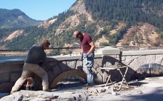 OREGON: Hood River stone mason is one of few skilled enough to match original stone walls in the Columbia gorge | State parks | Scoop.it