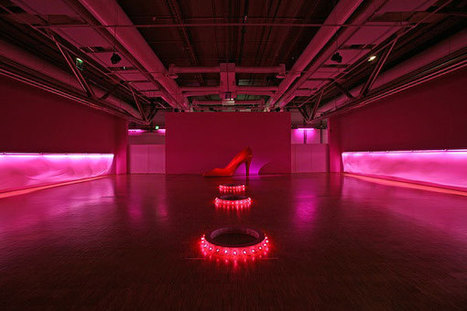 Claude Lévêque: Valstar Barbie | Art Installations, Sculpture, Contemporary Art | Scoop.it