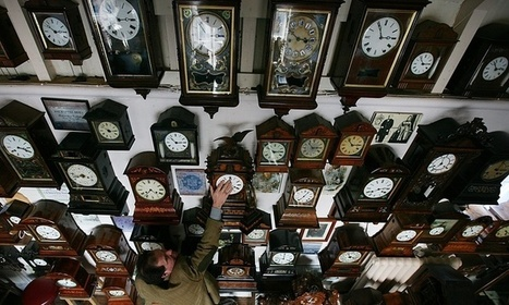 Portuguese scientists discover why pendulum clocks swing together | Science, Space, and news from 'out there' | Scoop.it