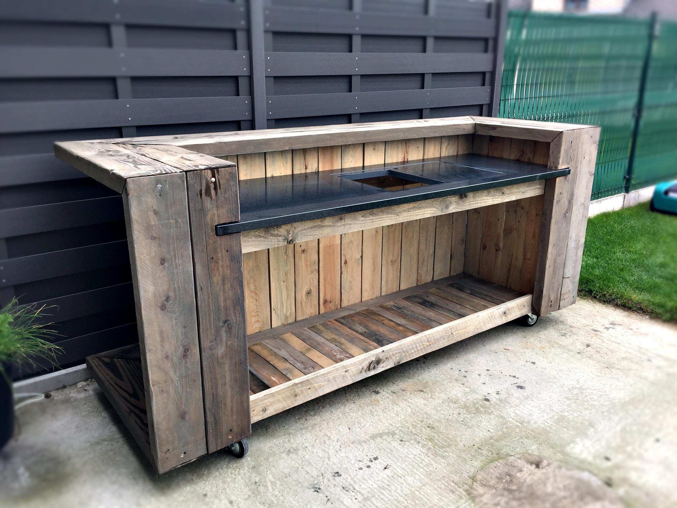 Pallet Outdoor Kitchen Bar 1001 Pallets Ideas  # Pose Tele En Bois De Palette