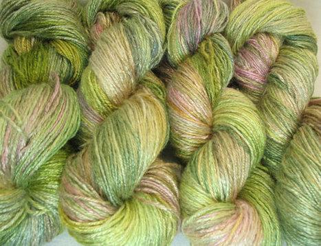 "Organic bamboo yarn ""Ling"" vegan yarn, hand dyed yarn, fingering weight, fall colors, hand painted yarn, knitting yarn, multicolored yarn | Fiber Arts | Scoop.it"