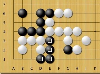 Problem - life and death (2 kyu) | Go: The Ultimate Game | Scoop.it