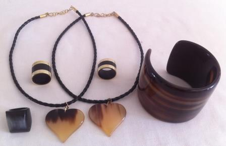 Natural horn and bullet casing rings, pendants, cuff, ethically handcrafted. www.craftworkscambodia.com | Craftworks Cambodia. Fair trade Crafts | Scoop.it