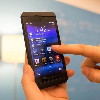 Facebook, Twitter, Foursquare Apps Available on BlackBerry 10   Social Media Journal   Scoop.it