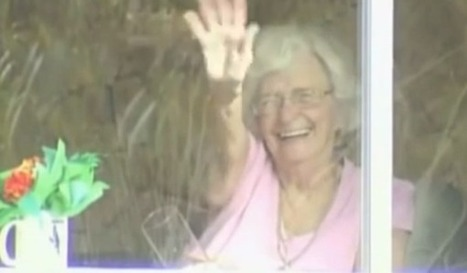 Elderly Woman Waves at Students Every Day. Then She Gets a Huge Surprise. | Reading, Writing, and Thinking | Scoop.it
