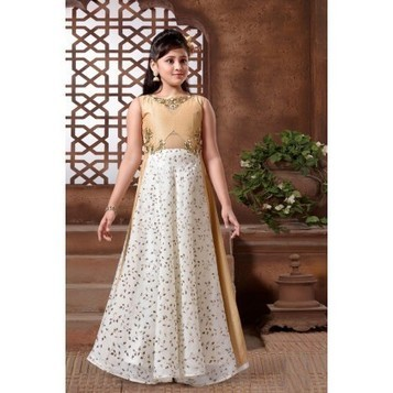 Ethnic Wear for Girls: Indian Traditional Dress...