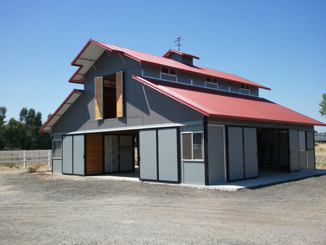 MDBarnmaster Raised Center Aisle Barn, with Par... on