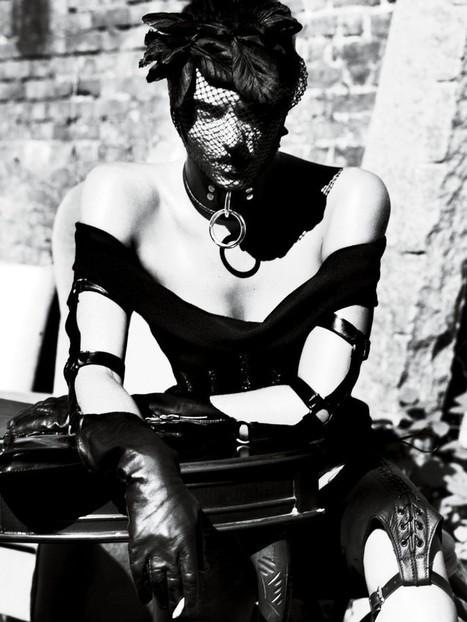 IMAGES of Fetish fashion from Atsuko Kudo, Fleet Ilya & more | EROTIC ART & PHOTOGRAPHY | Scoop.it