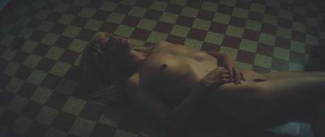 Photos : Marina Fois nue dans le film Irréprochable | Radio Planète-Eléa | Scoop.it