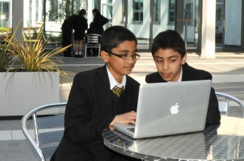 How A British School Successfully Integrated Technology - Edudemic | iPads, MakerEd and More  in Education | Scoop.it