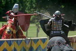 Knight class: Warlike wonders at Warwick Castle | British Genealogy | Scoop.it