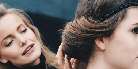 Feestelijke kapsels: 5 simpele haarstijlen voor de feestdagen | Kapsels voor vrouwen | Scoop.it