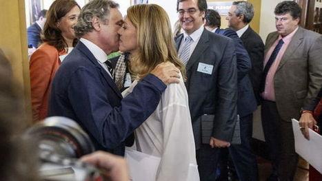 La empresa del marido de Cospedal se hizo millonaria cuando ella ganó las elecciones | Utopías y dificultades. | Scoop.it