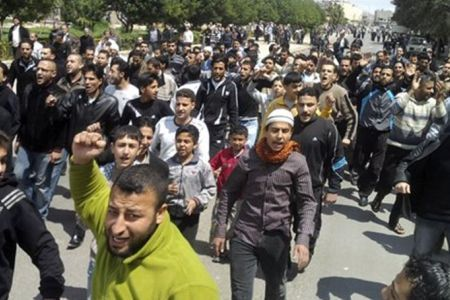 Over 100 killed in #Syria violence | From Tahrir Square | Scoop.it