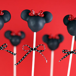 Minnie Mouse Silhouette Cake Pops | Food | Disney Baking Recipes | Scoop.it
