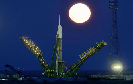 Our Favorite Photos of This Week's Epic Supermoon | Outbreaks of Futurity | Scoop.it