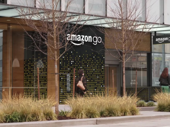 #Amazon Go: no registers, no cash, no lines - #retail store #digital #transformation huge leap forward | Digital Transformation of Businesses | Scoop.it